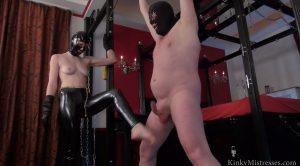 Kinky Mistresses – Vivienne Lamour – My Ballbusting Slave 2