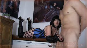 Mistress – T – Fetish Fuckery – Beautiful Boots Ballbusting