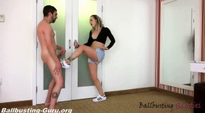 Ballbusting Superstar – Ballbusting Beauties