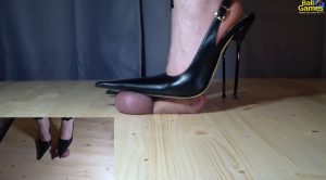 Balls Kicks and Stomp with Very Pointy Shoes – Goddess Alice – Ball Games