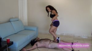 Ballbusting Leg Workout – THE MEAN GIRLS