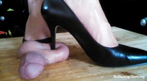 Black Pumps on Balls Full Weight – Jewels foot fantasy gems