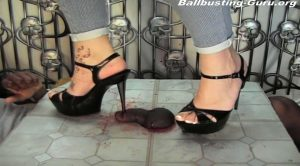 INSERTION AND SKIN RIPPING!!! – SweetFeet & Ball Crushing SF&BC