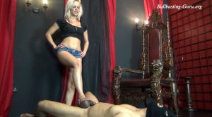 PATHETIC SLAVE – Brooke – chicks-vs-balls