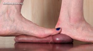 Ball crushing Toejob – Aballs and cock crushing sexbomb