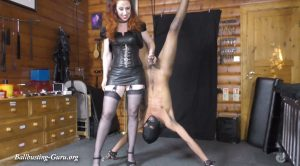 Squishy suspension – Mistress Lady Renee