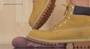 Timberlands Footprint in your Ballsac – Lara Cuore – Aballs and cock crushing sexbomb