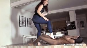 Mistress Lady Renee – The drop kick