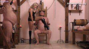 MISTRESS COURTNEY – FIVE SLAVES AT A TIME – OWK – THE OTHER WORLD KINGDOM