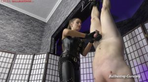 Amanda's punching bag – CRUEL MISTRESSES