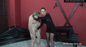 Kicking and licking – Mistress Lisa – CRUEL MISTRESSES