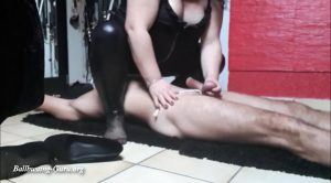 German Lady Shay – Ballbusting & CBT & Facesitting