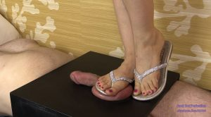 Juliana crushes with Sandals – Cock Box Perfection