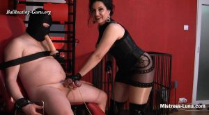 Mistress Luna – Cock and balls destroy, Part 1