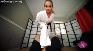 Princess Naomi Swann – Karate Ballbusting HD