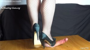 Lara CBT Clip Store – Hard Cock and Card Crush under my Beautiful Teal Heels (Part 2 – Cock Crush)