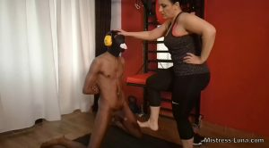 Mistress Luna – Trampling and ballbusting with sweaty barefoot
