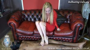 Severely stomped Suzanna style – Miss Suzanna Maxwell