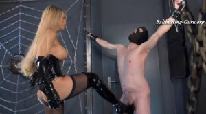 Ballbusting Fun – Welcome to Calea Toxic