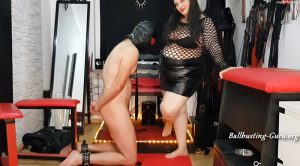 Lady-Pam-HH and her slave – Lady Pam