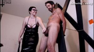 Janes Dungeon – Flogged and Spanked on a Cross